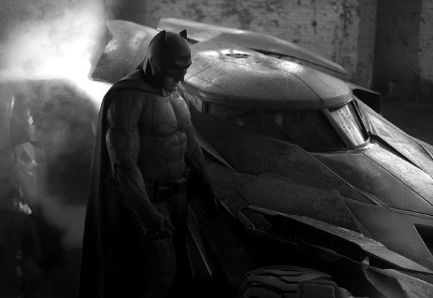 ben-affleck-batman-batmobile
