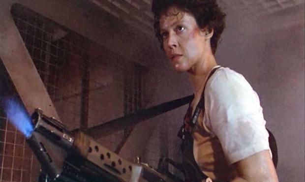 Ellen-Ripley-Alien-Movies-alien-28784390-715-427